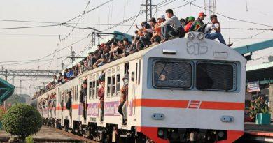 O centymetry od śmierci na dachu pociągu
